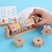 The set contain 8 numbers wooden blocks, 2 holding board for picture flash cards and the one for holding the spinning rod and number blocks.